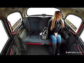 Nice ass slim amateur bangs in fake taxi