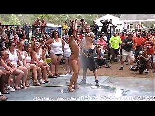 Amateur nude contest at this years nudes a poppin festival in indiana