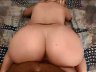 Amateur booty milf fucked on real homemade