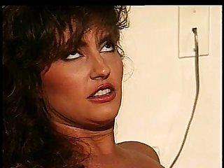 Melanie moore shaves ashlyn gere