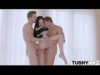 Tushy hot model enjoys Dp on time off