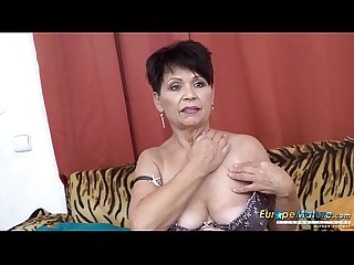 Europemature solo lady self stimulation footage
