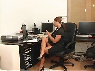 Sexy susi german secretary milf