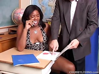 Super sexy chubby black chick loves to suck cock & eat cum