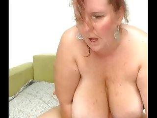 Chubby Big Titted Beauty Squirts Free HD - Free Live Sex Cams on Live99Cams.com