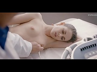 Kristen stewart topless examination by a doctor masturbating in the bed of her boss personal shopper