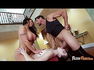 Filthy family august taylor massages her step daughter violet rain S pussy