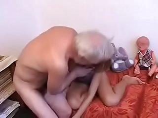 Older guy fucks younger girl full video bestwomenonly com 4374 part2 watch here
