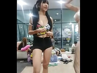 Asia Naughty Girl Who Wants To Make Love