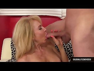 mature woman Erica Lauren loves big dick