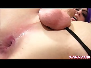 Plump les tranny rimmed after anal in twosome