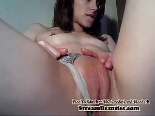 Amateur Webcam Brunette Big Pussy - StreamBeauties.com