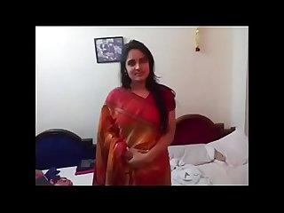 Desi cute girl in hotel room