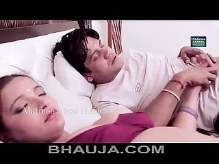 Bhabhi ke saath Romance aurat bankar boobs press and rubbing bhauja com