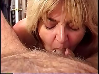 Amateur Milf wife sucking cock swallowing A load of cum