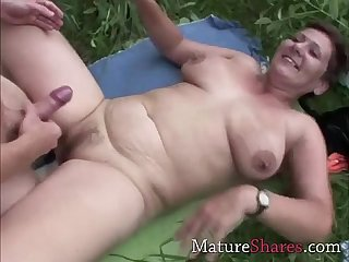Plump mature aliane fucking outdoors