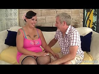 Plumper milf Savannah Star riding a fat dick