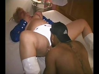 Cheerleader gets fucked