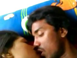 Indian Desi Kolkata univ girl fucked with bf at leopard69puma 480p www pussyspace com