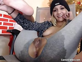 Squirting Webcam Hottie