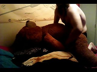 Sissy boy fucking creampie his teddy bear