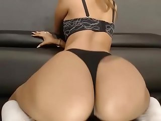 Black girls twerking big fat ass free show