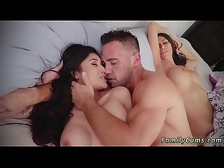 Daddy fingers my pussy Xxx family shares a bed