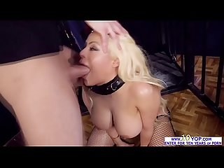 Markus Dupree finds himself a wild wet ass of Luna Star