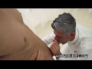 Dominant Daddy Bangs Submissive Boy Bareback - MORMON-BOYZ.COM