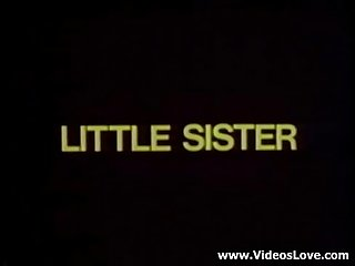 Classic vintage little sister - wants some fun - XVIDEOSCOM