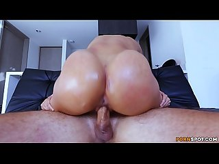 Colombian Amateur Emma�s Hot Surprise For Max Cartel (cff15441)