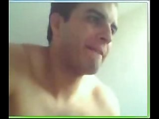 Falgra coroa gozador pego na webcam enquanto conversava a webcam