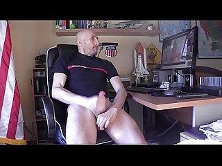 Branle devant porno