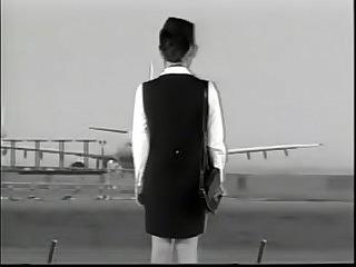 Yaya kouzuki stewardess