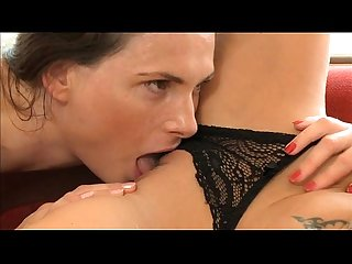 MOM Hot lesbian milf's make love