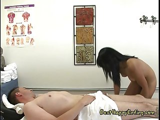 Jap masseuse yuki mori with yummy cock in her wet mouth