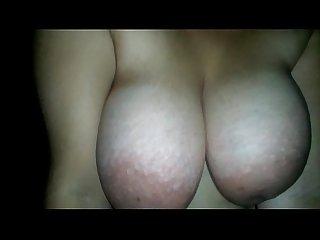 Las grandes tetas de mi mujer