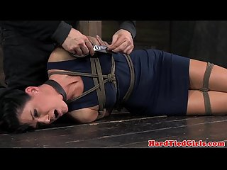 BDSM sub India Summer kinky scissor o