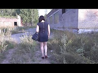Nudity in public places, brunette with a juicy ass in the fitting room and on the street..
