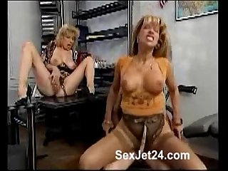 2 mature blonde ladies fucking a young man