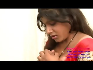 desi indian aunty seduced by hubbys friend 720p