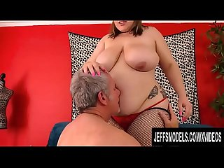 Worshiping Big Tits and Phat Ass BBW Bunny De La Cruz Before Boning Her
