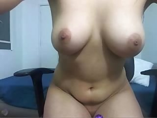 Sexy latin on cam