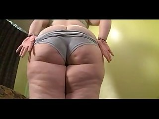 bbw nypho oils up massive booty