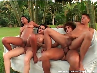 Outdoor anal sex in group shemale scene