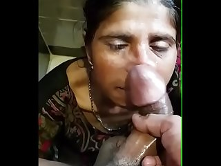 Cumshot on musilm aunty mouth 10