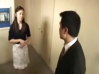 Enjoying Sex Desires For Japanese Asian Cougar