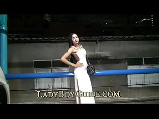 Wanking ladyboy wants you to phone