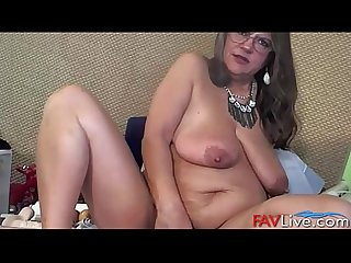 Dirty talking mature pleasure goddess with meaty vagina