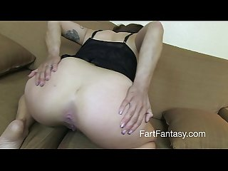 Supersexy milf kat lowden storm of farts